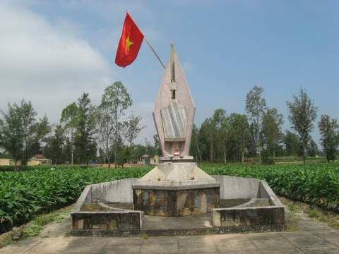 images/upload/QuangNam/GiengNhaNhi/anh01.jpg